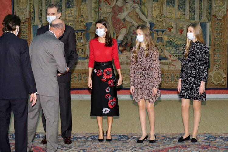 La Familia Real asiste a la reunión del Patronato de la Fundación Princesa de Girona