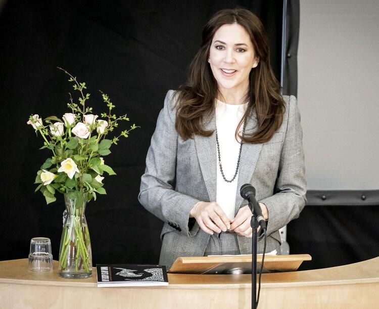 La princesa Mary de Dinamarca lanza el Informe sobre el estado de la población mundial 2021