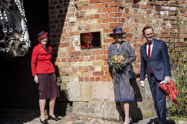 La reina Margarita II y la princesa Benedikte abren Koldinghus