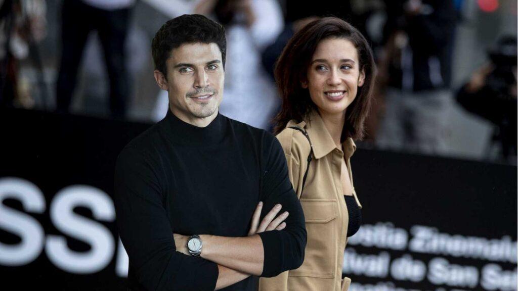 María Pedraza y Alex González, muy unidos