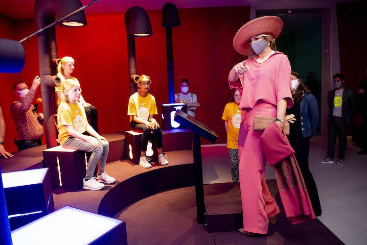 La reina Máxima de Holanda visita el Museo Groninger